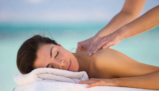 Relaxation massage by a professional masage therapist in Cape Coral